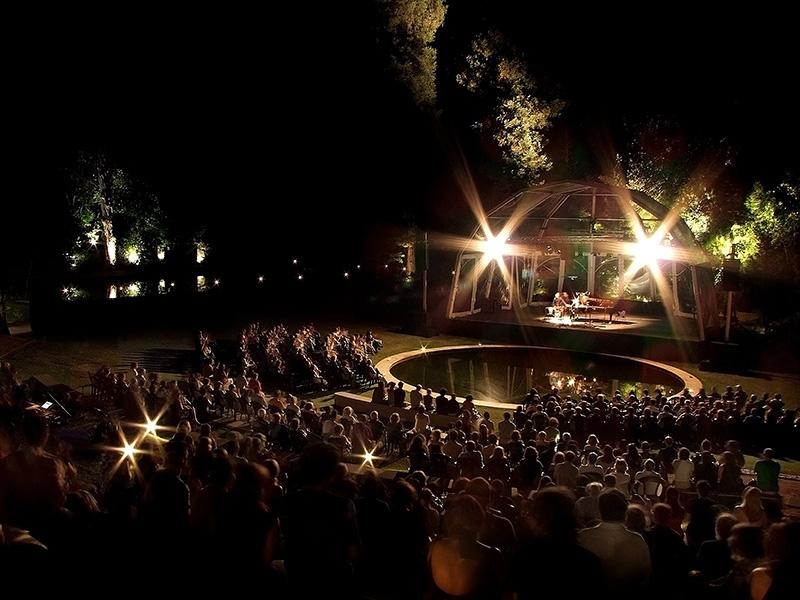 Concerto durante o Festival das Artes no anfiteatro Colina de Camões.